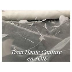 Tissu En Soie Haute Couture, Organza ivoire Orné de Plume de Soie En Ivoire Pour Mariage et Cérémonie.